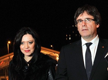 Marcela Topor, soția liderului catalan Puigdemont, ar fi revenit în România