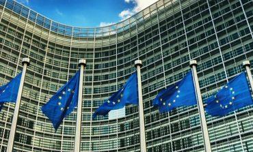 Financial Times: Uniunea Europeană vrea să diminueze volumul fondurilor destinate ţărilor est-europene