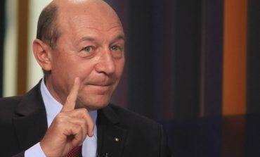 Traian Băsescu: Maior m-a mințit de vreo trei ori. Ghiță a fost cel care a prezentat pozele de la Paris
