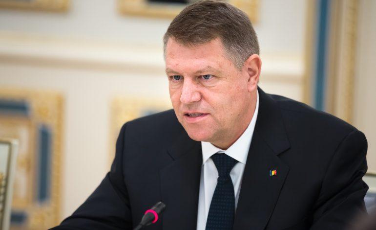 Președintele Klaus Iohannis îi cere lui  Tăriceanu reexaminarea Legii Centenarului