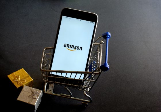 Amazon Key pe post de Moș Crăciun