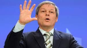 """Dacian Cioloș: """"Cine vinde țara acum?"""""""
