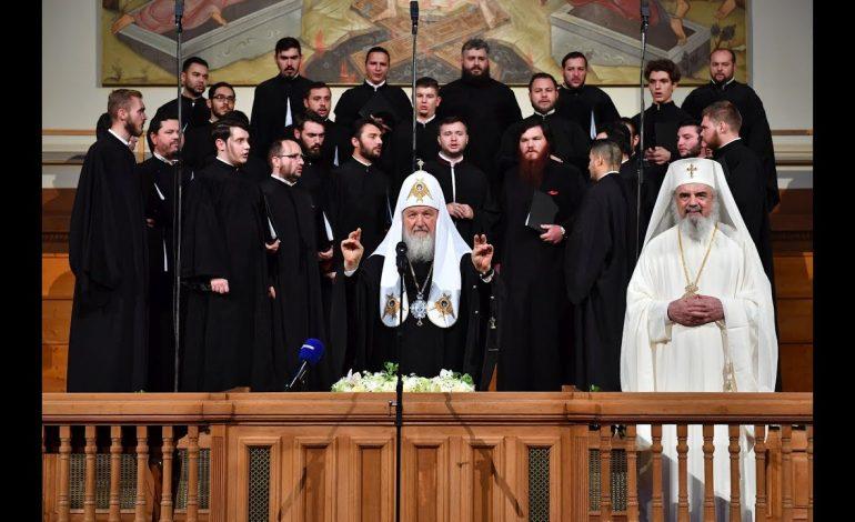 Recital Tudor Gheorghe la Patriarhie în prezența patriarhului Kirill