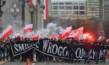 Polonia dă de pământ cu rezoluția Parlamentului European. Ungaria spune că va bloca prin veto sancționarea Poloniei