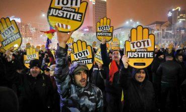 Protest de mare amploare anunţat pentru astăzi în Capitală şi în restul ţării: Vrem Europa, nu dictatură!
