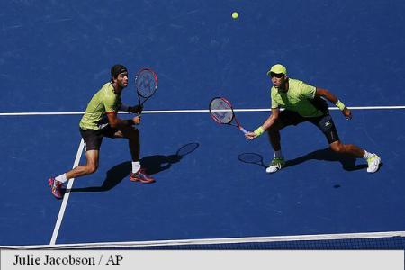 Horia Tecău și Jean-Julien Rojer, învinși în semifinale la Paris Masters
