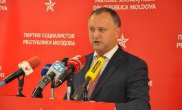 Atribuţiile lui Igor Dodon de numire a noilor miniştri, suspendate de Curtea Constituţională