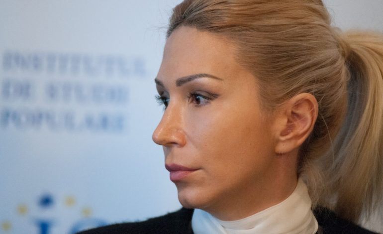 Raluca Turcan a fost realeasă lider al grupului liberal de la Camera Deputaţilor