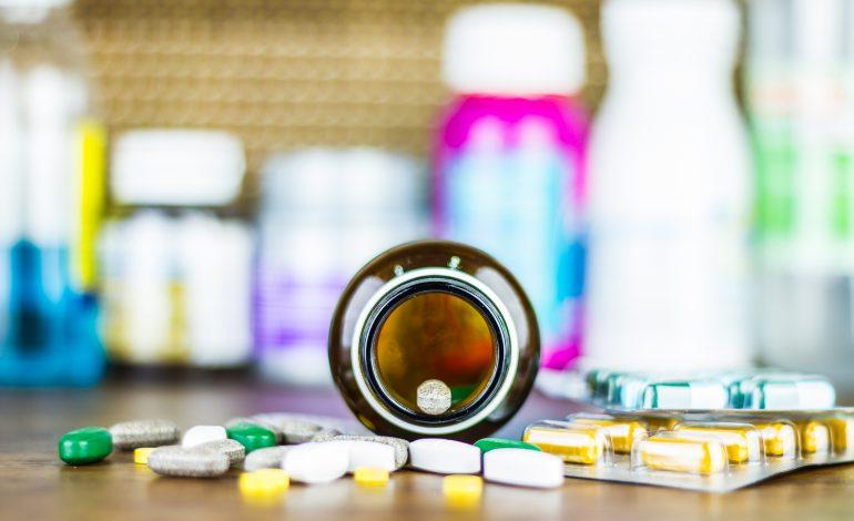 Mii de medicamente vor dispărea odată cu noua creştere a taxei clawback