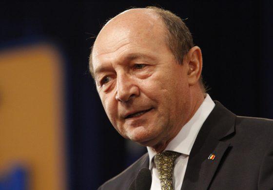 Traian Băsescu: Românii ar trebui să plătească o taxă de solidaritate cu prostia unor guvernanţi