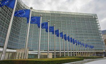 Comisia Europeană va urmări în continuare dezbaterile privind legile Justiției