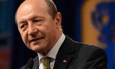 Traian Băsescu: Jandarmeria prinsă în jocul politic a două ...doamne