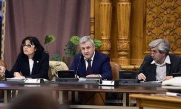 Florin Iordache i-a reproșat nervos lui Șerban Nicolae că depune amendamente la ora 11 noaptea