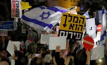 Zeci de mii de israelieni au participat, la Tel Aviv, la o demonstrație împotriva corupției guvernului și a premierului Benjamin Netanyahu