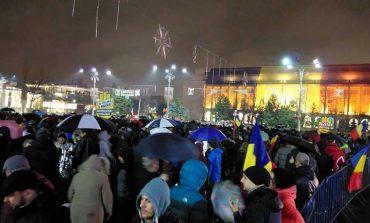UPDATE Noi proteste au loc duminică seara, în Piața Victoriei, în țară și în diaspora