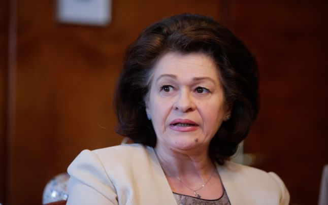 Cristina Tarcea va sesiza CSAT şi IJ în urma informaţiilor privind vizitele pe care le-ar fi făcut la vilele SRI