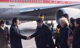 Delegația japoneză, primită la Palatul Victoria de vicepremierul Paul Stănescu