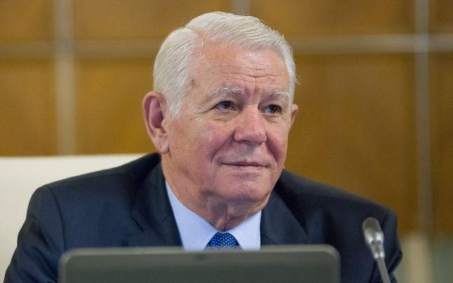 USR cere demisia ministrului de Externe, Teodor Meleşcanu: Îndepărtează iar România de UE, aşezând-o pe acelaşi palier cu Polonia