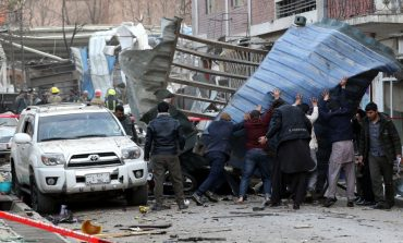 VIDEO Atentat sinucigaș cu mașină-capcană la Kabul: 95 de morți și 158 de răniți