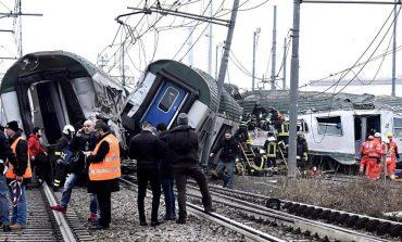 VIDEO Cel puţin doi morţi şi zeci de răniţi în apropiere de Milano, în urma deraierii unui tren
