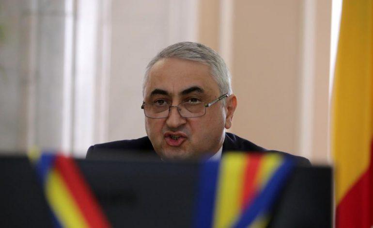 """VIDEO Ministrului propus la Educaţie, Valentin Popa, i s-au tăiat """"pamblici"""" la audiere. Ce a replicat ministrul"""