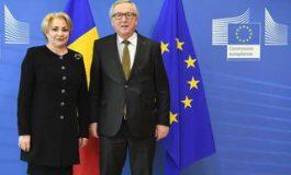 Accente ironice la adresa Guvernului Dăncilă, în discursul lui Juncker: E al cincilea premier pe care îl întâmpin aici și să sperăm că acest ciclu se va opri. Nu știu unde pleacă toată lumea