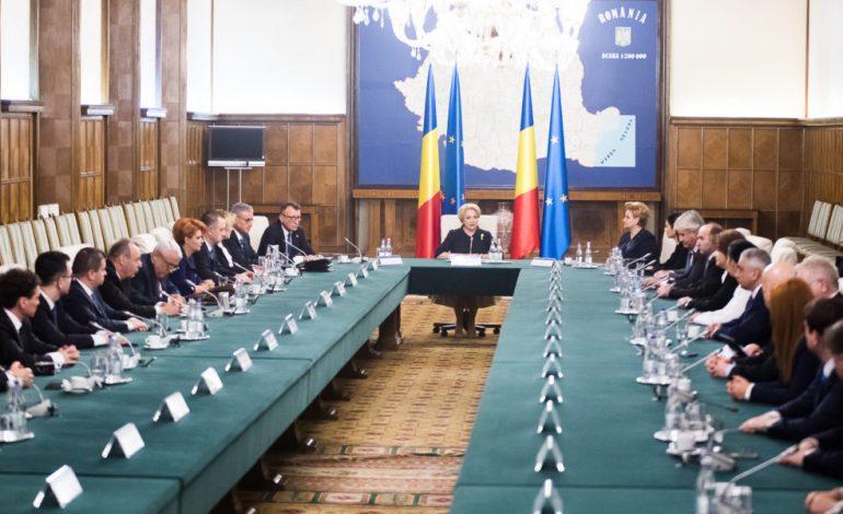 SURSE G4Media: Liderii PSD decid azi varianta modificării Codului penal – OUG sau angajarea răspunderii Guvernului