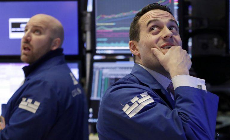 Carnagiu la burse: În SUA, cea mai mare contracţie din 2011. Bursele europene, scăderi de peste 3%