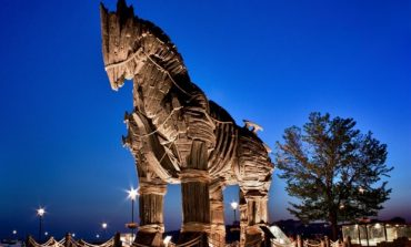 DW: Românii, sirienii şi calul troian al propagandei