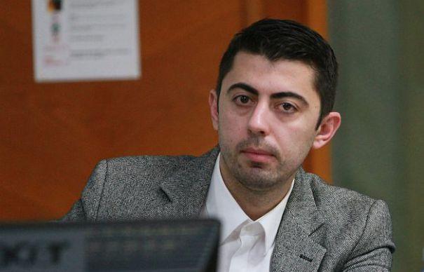 Vlad Cosma este plecat din țară și nu se va prezenta la DNA