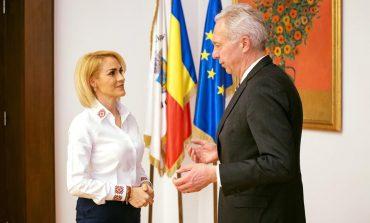 Gabriela Firea s-a întâlnit cu ambasadorul SUA, Hans Klemm