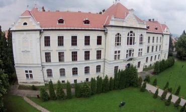 PNL şi PMP atacă la CCR Legea privind Liceul Teologic Romano-Catolic. Eugen Tomac: O înţelegere mizerabilă PSD-UDMR