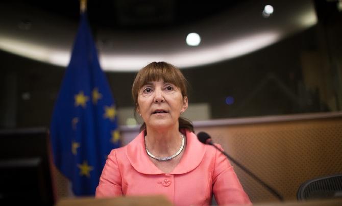 """Monica Macovei: Pentru PSD&ALDE, """"respectă"""" legea numai cei care modifică Legile Justiţiei ca să îi pună sub control politic pe magistraţi, să îi poată intimida şi şantaja"""