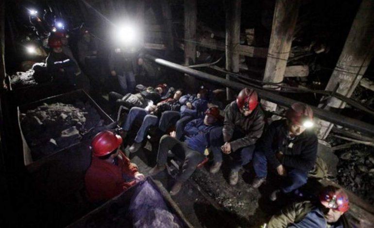 Grevă: 80 de mineri s-au blocat în Salina Slănic Prahova în semn de protest