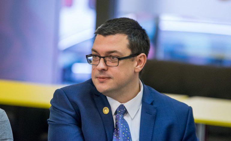 """Ovidiu Raețchi (PNL): Liviu Dragnea își va planta în jur o conducere de tip airbag, în perspectiva sentinței iminente în dosarul """"Banii copiilor din Teleorman"""""""