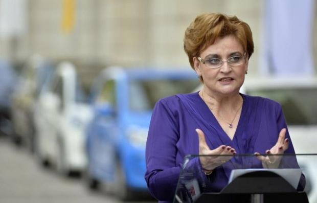 Ministrul Mediului, Graţiela Gavrilescu: Nicio taxă de timbru nu va fi lansată în perioada următoare