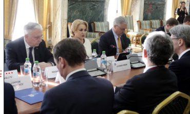 La prima ședință a Comisiei Naționale pentru trecerea la moneda euro era așteptat și Darius Valcov, condamnat în primă instanță la opt ani de închisoare