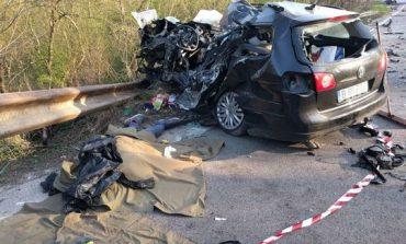 Grav accident de circulaţie în Teleorman, după ce un microbuz şi un autoturism s-au ciocnit