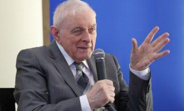 Ar putea fi schimbat guvernatorul BNR, Mugur Isărescu, înainte de expirarea mandatului?