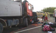 Tragedia din Ungaria: O familie şi-a pierdut doi fii şi nora. Printre victime, părinţii a şapte copii
