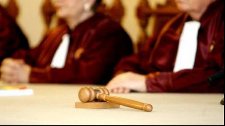 Superimunitatea judecătorilor CCR, votată de Senat: pot fi urmăriți penal, dar nu și arestați sau trimiși în judecată fără acordul a două treimi dintre ei