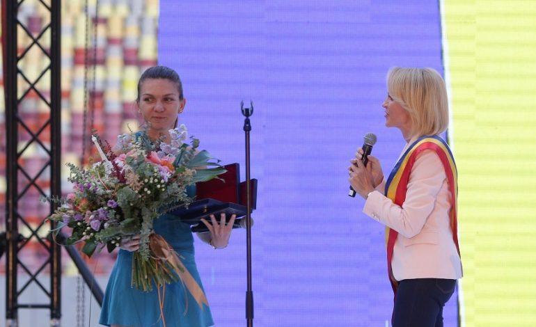 Simona Halep, despre incidentul de pe Arena Naţională: M-am dus strict să arăt trofeul oamenilor