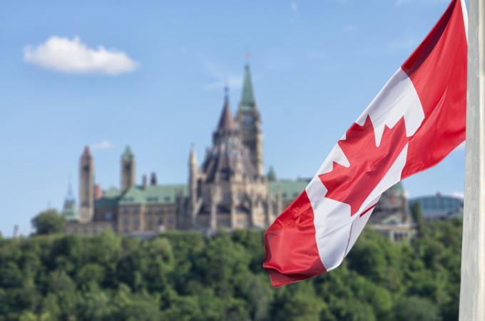 Canada a stabilit limita de cereri de azil pentru români. Depăşirea acesteia va duce la reintroducerea vizelor
