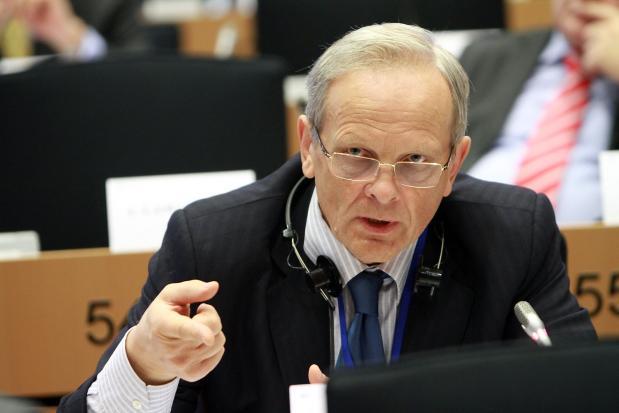 Theodor Stolojan: Dragnea trebuie să demisioneze din fruntea Camerei Deputaților. Nu are niciun fel de credibilitate în fața instituțiilor europene