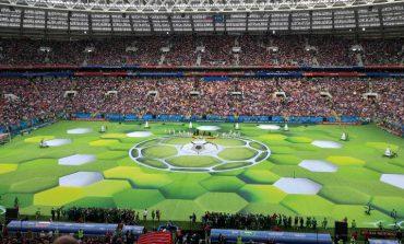 Cupa Mondială de fotbal a început cu meciul Rusia-Arabia Saudită. La ceremonia de deschidere a cântat Robbie Williams
