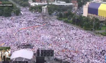G4Media: Circa 200.000 de manifestanți aduși la mitingul PSD. Dragnea: Kovesi, generalii, jurnaliștii sub acoperire sunt statul paralel