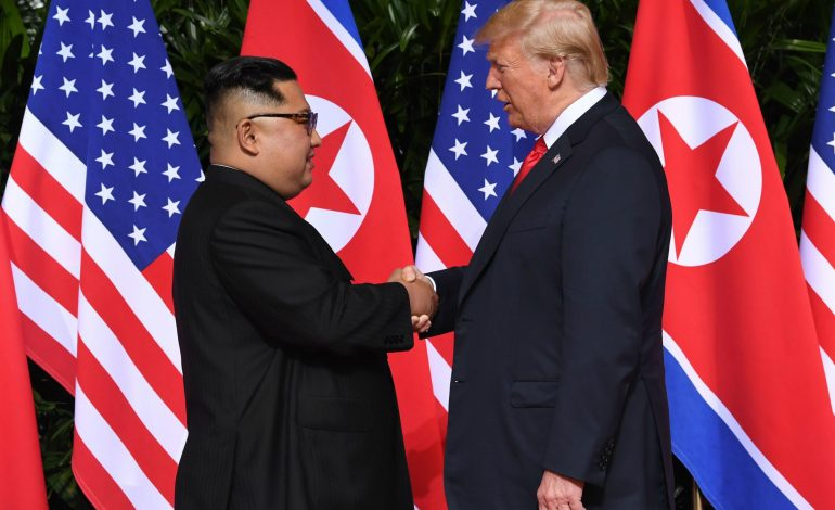 VIDEO Întâlnire istorică între Donald Trump și Kim Jong Un