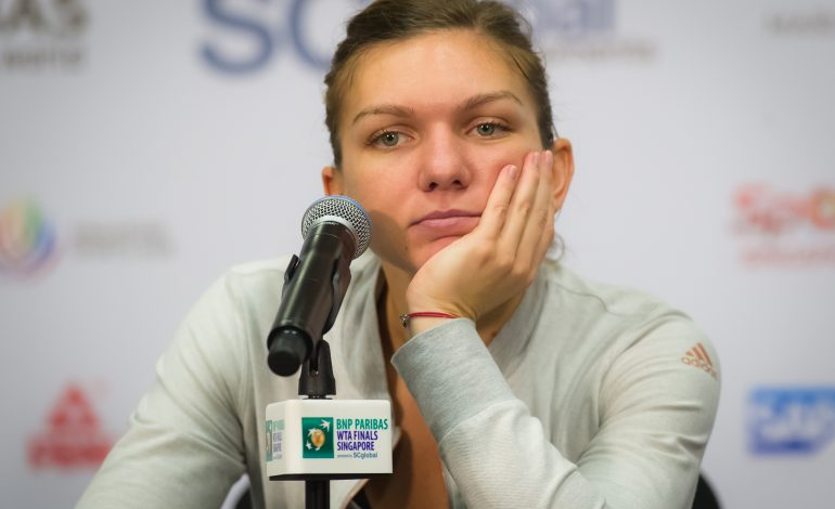 """Simona Halep, învinsă de Caroline Wozniacki. """"Cred că a fost una dintre zilele mele proaste"""""""