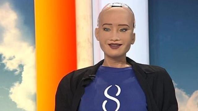 """""""Roboţii le sunt superiori oamenilor!"""" Cine a spus asta?"""