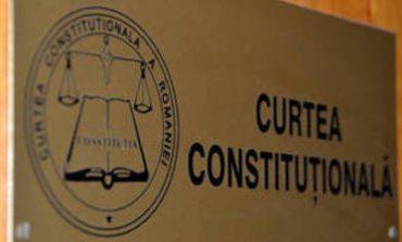UPDATE CCR a amânat pentru 19 martie luarea unei decizii asupra sesizării PNL şi PMP privind legea de înfiinţare a Liceului Romano-Catolic din Târgu-Mureş